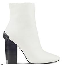 KK white boot